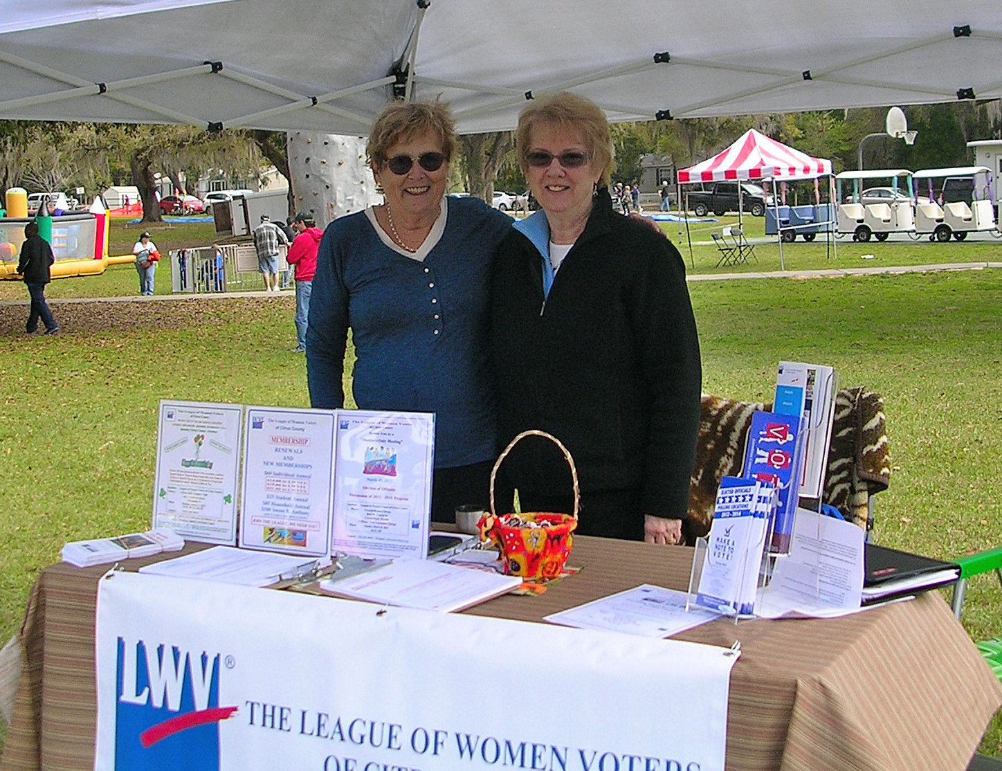 2015-Strawberry-Festival-Kathy-ODonoghue-and-Kate-Betsko-2